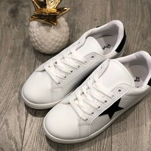 Star Faux Leather Fashion Sneakers
